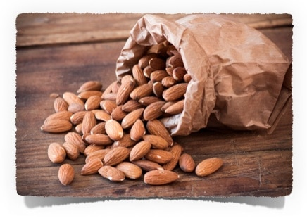 Low Carb Snack Rezept: pikante Gewürzmandeln | www.kohlenhydrate-tabellen.com