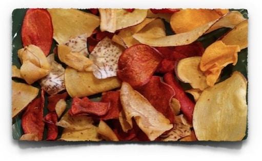 Low Carb Snacks: Gemüsechips | www.kohlenhydrate-tabellen.com