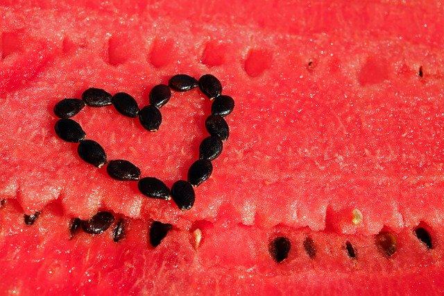 Kerne von Obst essen | Kohlenhydrate-Tabellen.com
